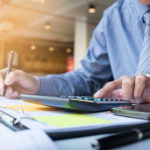 Quais são os impostos para pequenas empresas?