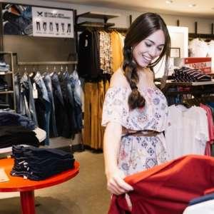 Como montar loja de roupas: aprenda em 5 passos (+1 bônus)