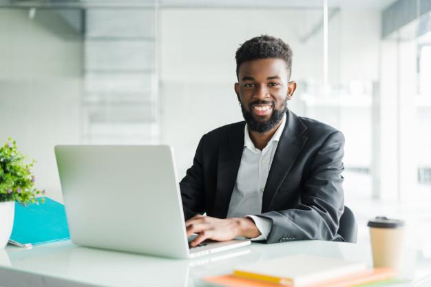 Aprenda por que deve contar com contabilidade para negócios digitais